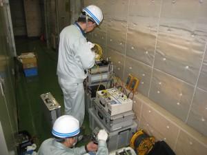 ①保護継電器の特性試験